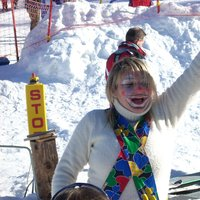 Dressed up on the snow of Cermis  - Entertainer wearing a fancy dress on Cermis snow in Cavalese